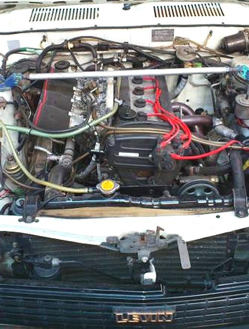 4AGエンジンスワップ!TE71型レビン&江頭ちゃんが購入したフェラーリ328GTS走行動画
