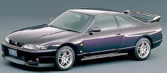 R33型スカイラインGTR・ブリスターボディ&クレイジードリフト動画
