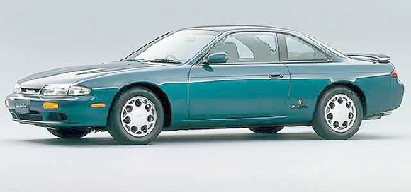 T&Eデモカー!ワイドボディ前期S14型シルビア6速MT・RSタービン&S14系シルビアのドリフト動画