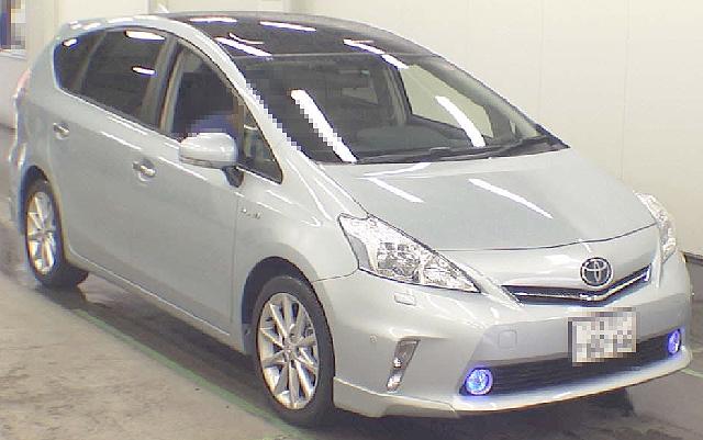 (2012年6月)トヨタ・プリウスα・Gツーリングのオークション落札相場