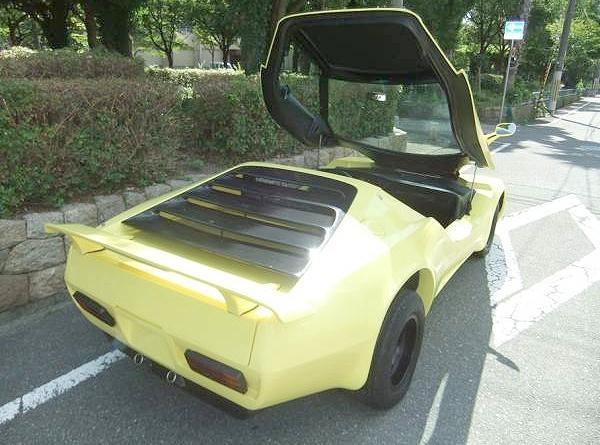 キットカー!!スターリング・ノヴァ&映画デスレース2000のスターリングノヴァの動画