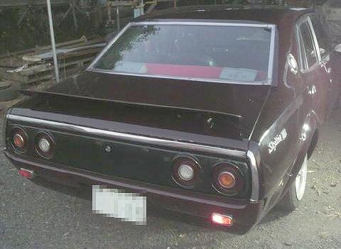 街道レーサー・330ツリ目・日産スカイライン4ドア(C110型)&1979年3代目ローレルのCM動画