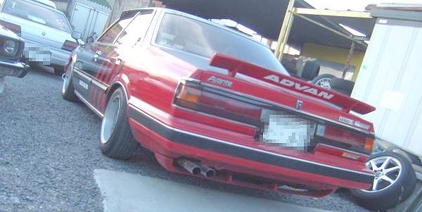 街道レーサー仕様アドバンカラー2代目チェイサー(GX61型)&1979年トヨタ2代目カリーナのCM動画