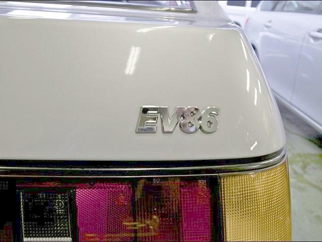 電気自動車化EV86!!4代目AE86型カローラレビン&D1GPより1億円ドリフトの動画