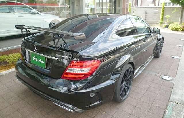 新車!限定車ブラックシリーズ・ベンツC63AMGクーペ&グループ風仁2012より430セドリックホッドロット仕様の動画