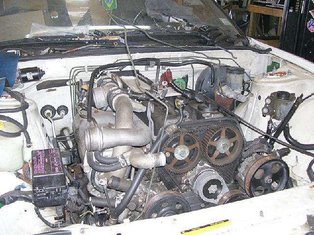 (海外)1JZエンジン搭載・日産240SX(S13型)&1UZエンジン搭載70型スープラの動画
