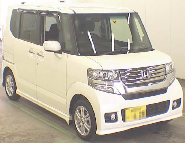 2012年8月新型!ホンダNBOXカスタムG・Lパッケージのオークション落札相場