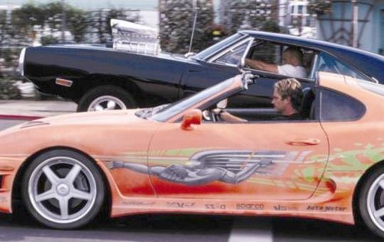(海外)映画ワイルドスピード×2撮影車両!JZA80型ゴールドスープラ&1981年スープラ(A60系)の海外CM動画