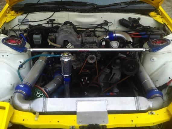 FC3S型RX7部品取り車両20130212_ (1)