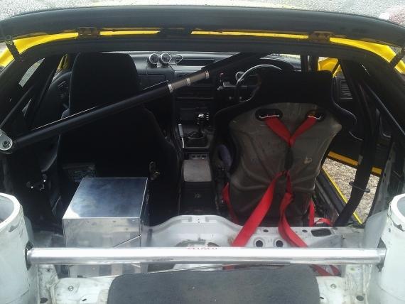 FC3S型RX7部品取り車両20130212_ (5)