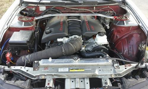 海外!日産240SX・キャデラックエスカレード用エンジン換装&赤い煙発生のバーンアウト動画