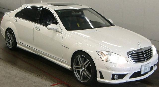 2013年1月W221型メルセデスベンツS65AMGロングのオークション落札相場