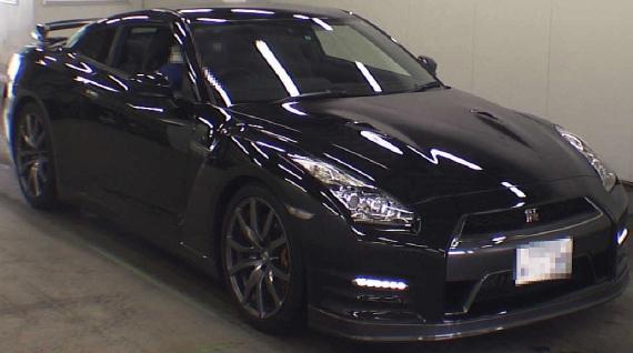 2013年1月後期モデルR35日産GT-Rピュアエディションのオークション落札相場