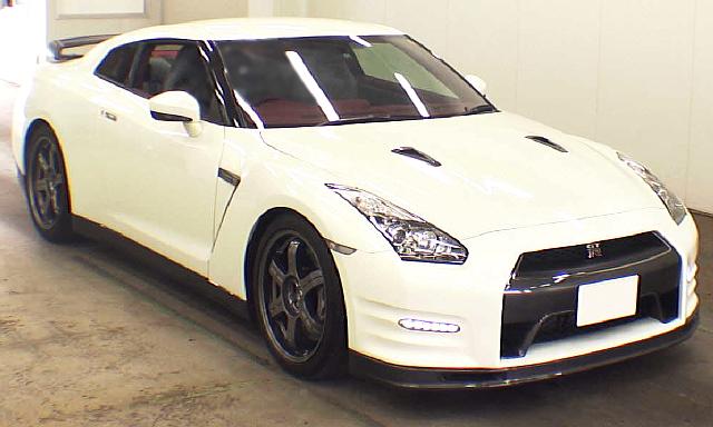 (2013年4月)自分仕様!!R35日産GT-Rエゴイストのオークション落札相場