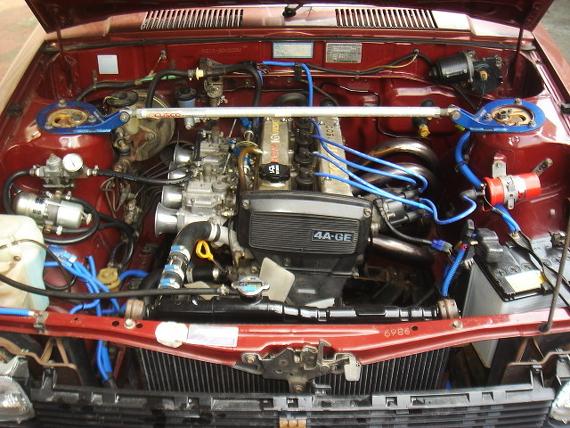 キャブ4AGエンジン載せ換え70系カローラバン20130829_ (2)