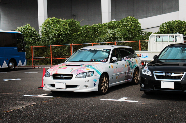 コミケ痛車レガシーワゴン20130812_1