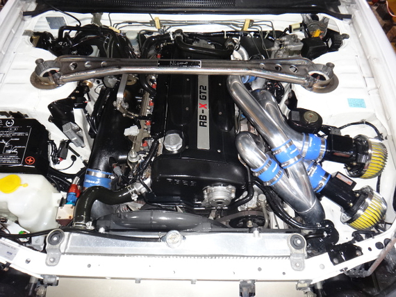 ホワイト限定車ニスモ400RベースR33スカイラインGTR20130801_ (5)