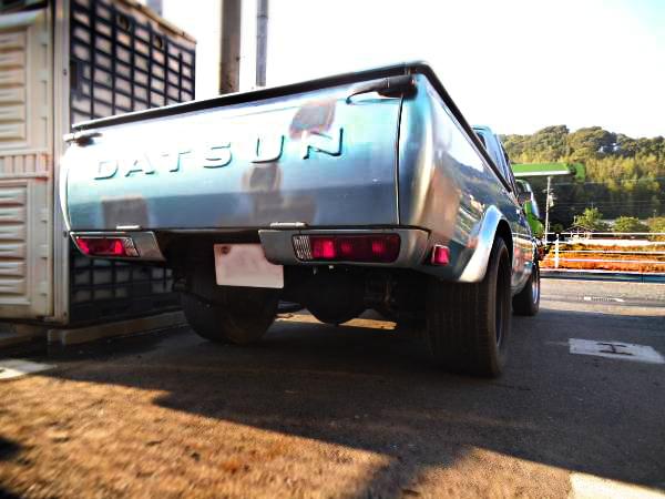 V8エンジン620ダットサントラック20130927_3