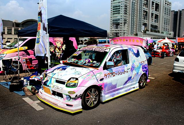 ラブライブ三菱ミニカ痛車2013922_1
