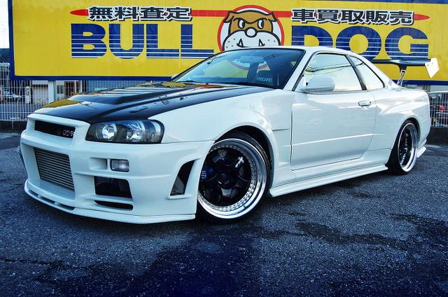 GT3037ツインタービン!ニスモS1エンジン搭載!BNR34スカイラインGT-R&当時1999年!日産ティーノのCM動画