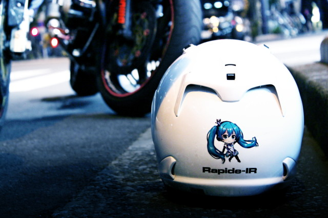 2014年2月28日秋葉原痛車ストリート(痛単車VOCALOIDレーシングミク・ヤマハYZF-R1)