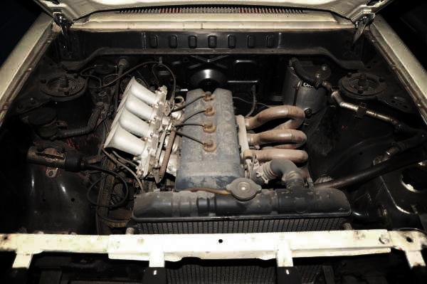 フェラーリ308GTS改!フェラーリ・ディノ246GTスパイダー&3KRワークスエンジンの出品