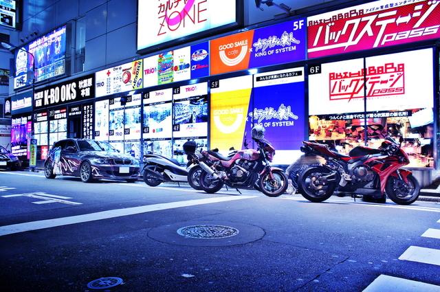2014年3月29日~30日秋葉原痛車ストリート(痛単車・70スープラ・アルファロメオGTV・スイフト・雪ミクハリアー)