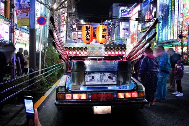 2014年3月22日撮影!秋葉原痛車ストリート前編(センチュリー改やきいも仕様・デコトラダンプ)
