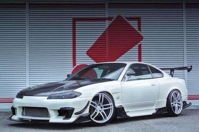 改造費250万円!ワイズスクエアワイドボディ!S15シルビア&V8型LS2エンジン移植!マツダRX-8の動画