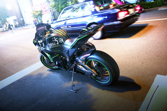 2014年5月25日撮影!秋葉原痛車ストリート(スズキGSX-R1000・WC34ステージア)