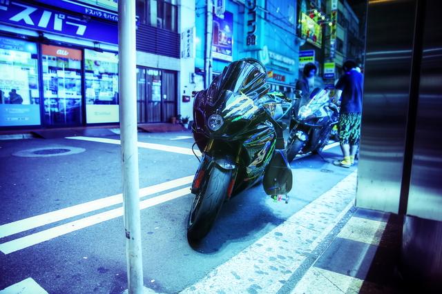 2014年6月21日撮影!秋葉原痛車ストリート(スズキGSX-R1000・スズキ隼・DC5インテグラタイプR)