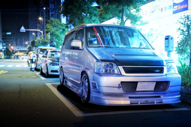 2014年7月26日撮影!秋葉原痛車ストリート(カスタム!初代ステップワゴン改バン)