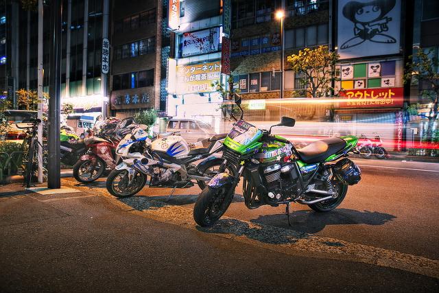 2014年8月24日撮影!秋葉原痛車ストリート(ZRX1200DAEG・アプリリアRS50・CBR250R・Ninja250・CBR1000RR・GSX-R600)