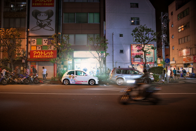 2014年8月24日撮影!秋葉原痛車ストリート(ラブライブ!小泉花陽・K12型マーチ(はやさかさん))