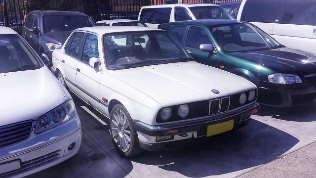 (AU)R33用RB25DETターボエンジンスワップ!E30型BMW323i&3S-GEエンジン換装E30型BMW325eの動画