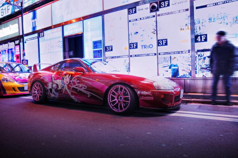 2014年12月19日撮影!秋葉原痛車ストリート(JZA80スープラ(しのえもんさん)/ダイハツミラ)