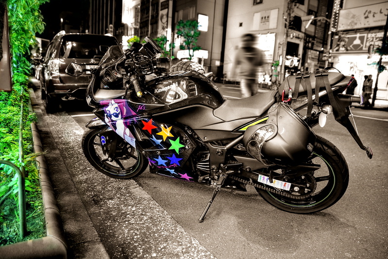2014年12月6日撮影!秋葉原痛車ストリート(ラブライブ!/ニンジャ250R・CB400SF・S15シルビア)