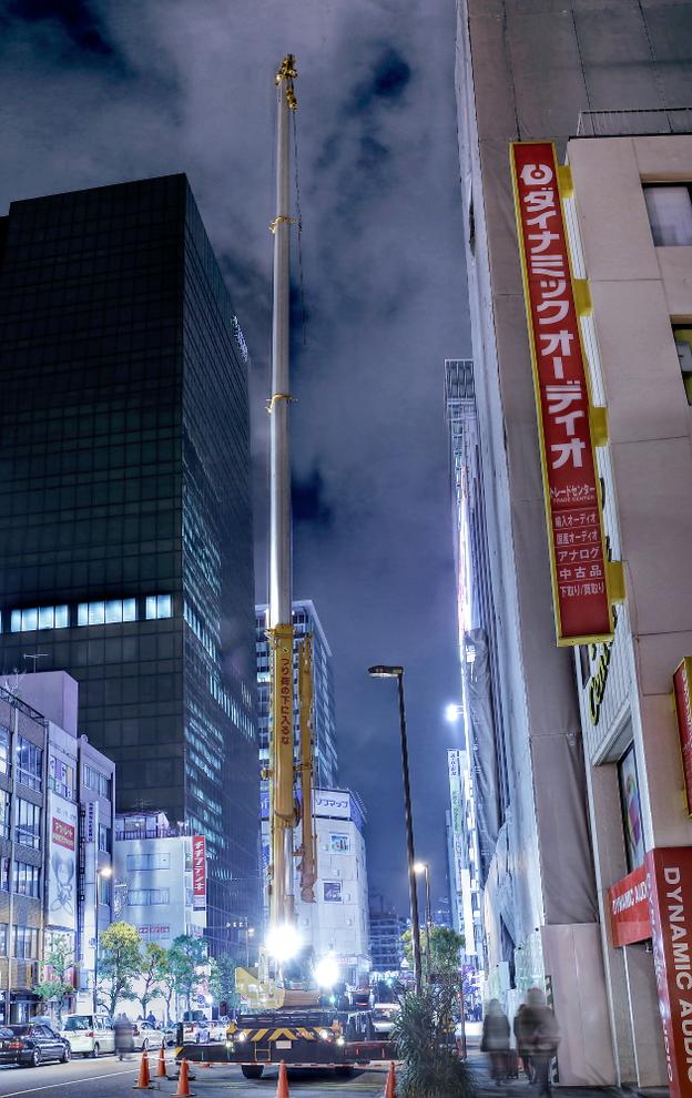 2015年1月16日撮影!秋葉原痛車ストリート(南ことりスイフト(上等兵さん)/白枠側の建物工事中の様子)