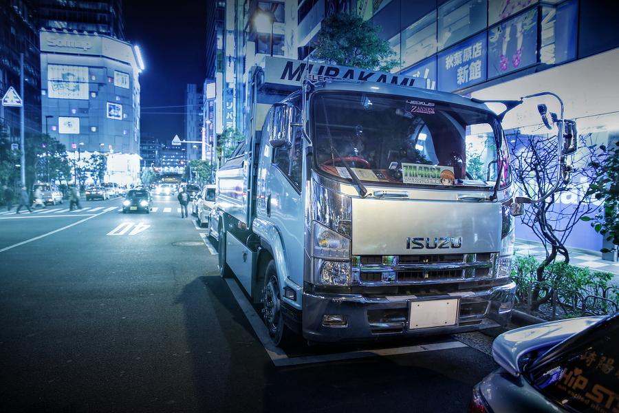 2015年2月27日撮影!秋葉原痛車ストリート(ガールズ&パンツァー/いすゞフォワード(しのえもんさん))