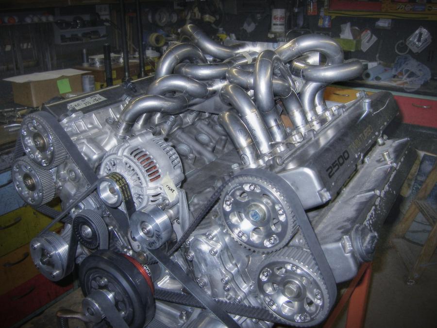 (海外)70スープラ用1JZ-GTEツイン改V12クアッドターボエンジン(ドライサンプ/バンク角120度)製作中画像