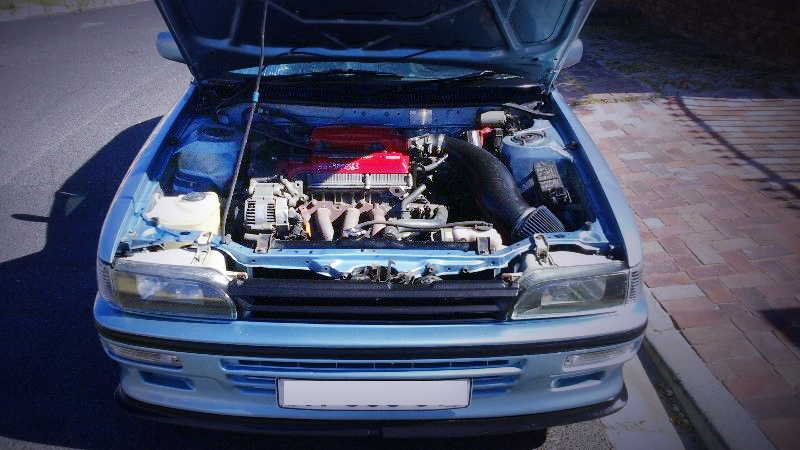 (海外)3S-GEエンジンスワップ!E90系トヨタ・カローラ4ドア&2JZ換装BMW・Z4動画