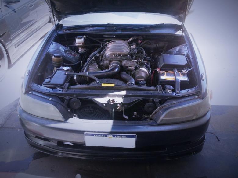 (オーストラリア)VVTiモデルV8型1UZ-FEエンジン!90系トヨタマーク2&街道シルエットソアラ動画