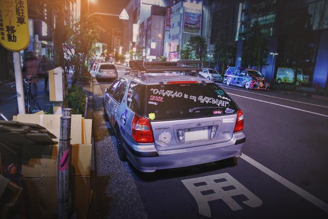 2015年4月3日撮影!秋葉原痛車ストリート(ガールズ&パンツァー・アヒルさんチーム/セフィーロワゴン(テッちゃんさん))