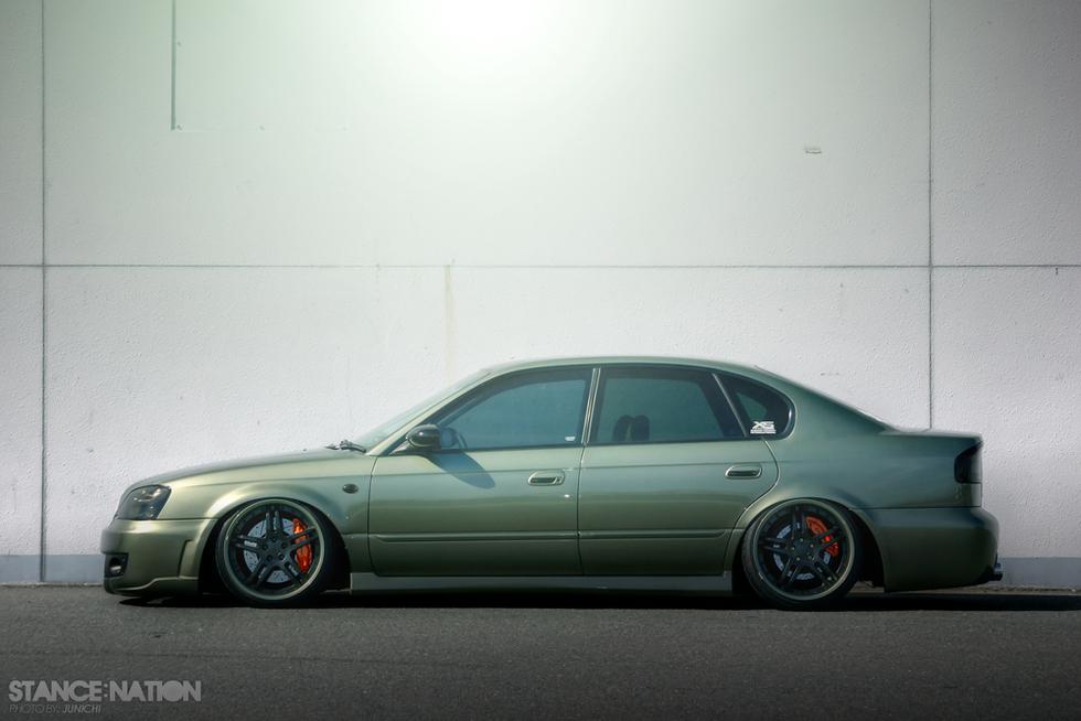 スタンスネイション単独掲載車!ポルシェオリーブグリーン!フェンダー加工!BE9スバル・レガシィB4・RS25