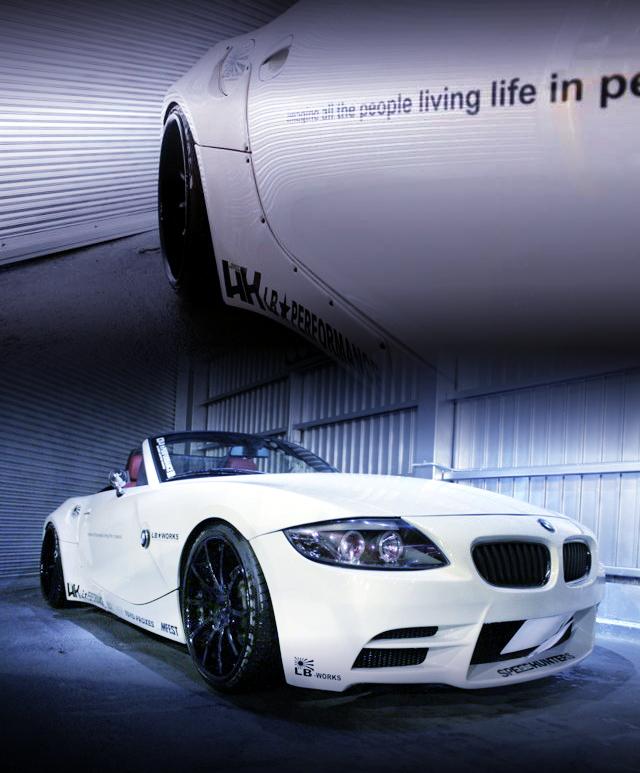 LBワークスコンプリートカー!ワイドボディ!BMW・Z4ロードスター&スティーブ的視点!LBワークスGTRエアフォース仕様