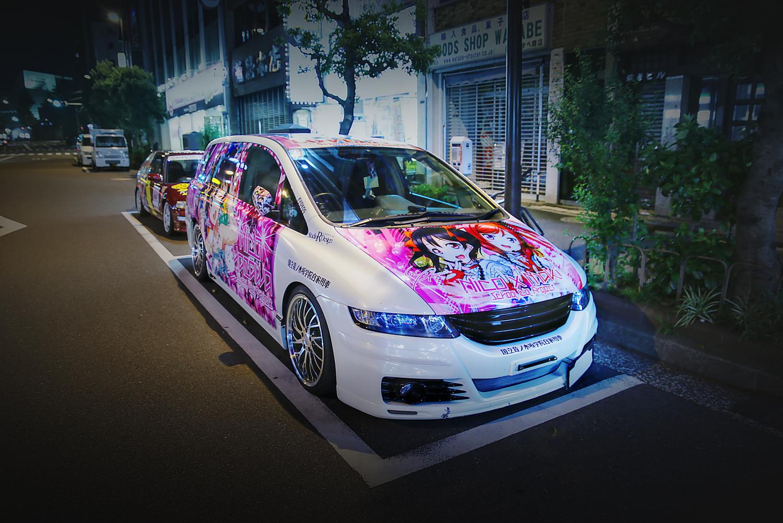 2015年6月撮影!秋葉原痛車ストリート(ラブライブ!矢澤にこ・西木野真姫/ホンダ・オデッセイ)