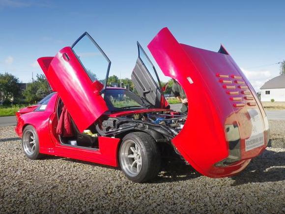 IMSAボディ仕上げ!チルトカウル化!シザーズドア仕様!SA22CサバンナRX-7&コルベット用LS1エンジン移植R32スカイライン動画