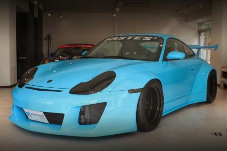 SEMAショー出展!ファステスレーシングファイターワイドボディ!996型ポルシェ911カレラ