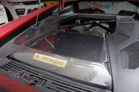 Lamborghini_Huracan2016812_5