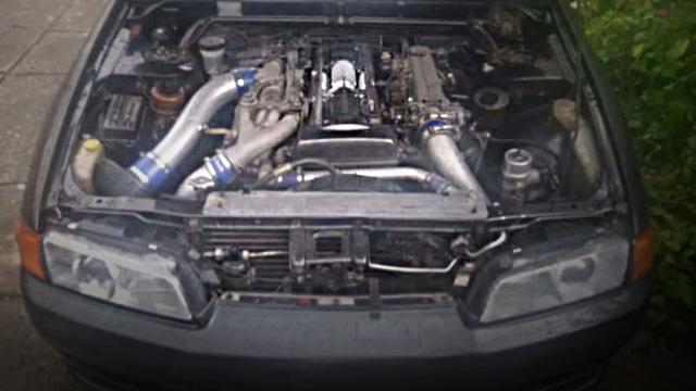 2JZ TWIN TURBO ENGINE